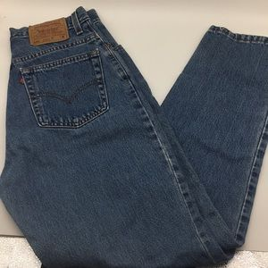 10 550 Levi's Relaxed Tapered Leg Vintage Jeans